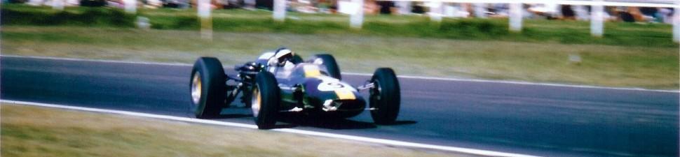 Jim Clark drives the green and yellow lotus 32 at Warwick Farm, Australia, in 1965