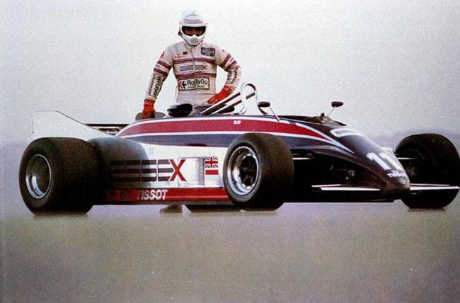 Lotus 88 - Ford Cosworth V8 - Team Lotus Ltd. - 1981 Laguna Seca - De Angelis E.